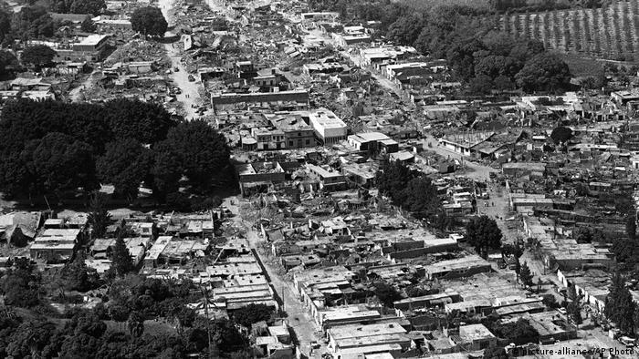 En la zona costera quedaron destruidas Casma (foto) y Chimbote. Y, en menor medida, Trujillo y Huarmey.