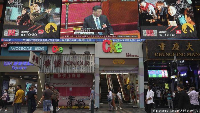 Hongkong & Sicherheitsgesetz China |Passanten