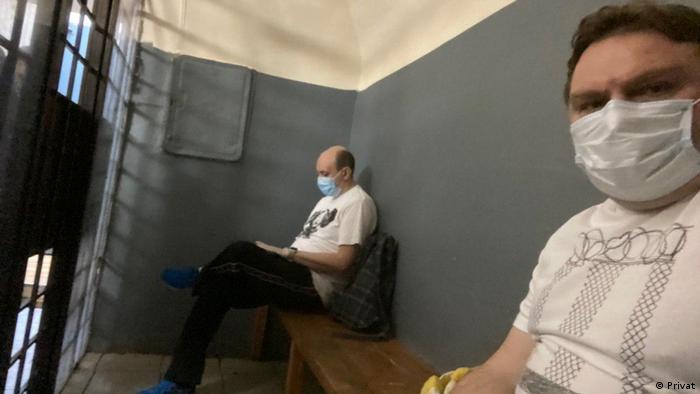 Александр Плющев и Сергей Смирнов в ОВД Тверское