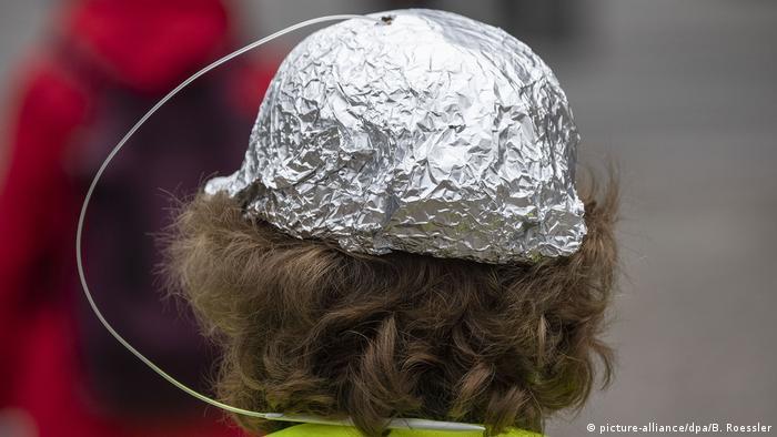 Алуминиева шапка - защита от коронавирус?