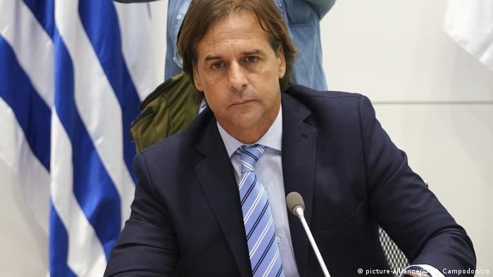 Predsednik Urugvaja Luis Lakalje Pou posle saopštenja da su u zemlji registrovana prva 4 slučaja infekcije koronom, 13 marta 2020.