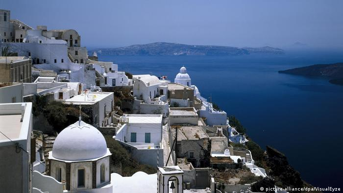 Griechenland | Santorin, Thira, Ortsansicht (picture-alliance/dpa/VisualEyze)