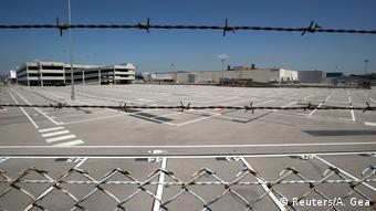 Λουκέτο στο εργοστάσιο της Nissan στη Βαρκελώνη