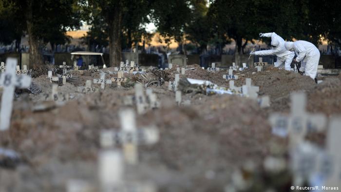 Brasilien Coronaviurs in Rio de Janeiro | Friedhof (Reuters/R. Moraes)