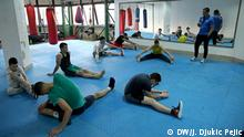 Nis. 30.05.2020. Slobodan Kostić, coach of the Naisus boxing club, during training with his competitors in the sports hall in Nis. Sports clubs in Serbia did not work during the epidemic, which is why they have losses both in money and in the training process.