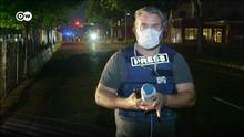 DW team confronted by Minneapolis police during nighttime curfew A DW reporter and his camera operator have been shot at with projectiles by Minneapolis police and threatened with arrest. Reporter Stefan Simons confirmed with absolute certainty that the shot was fired by officers behind him as he was preparing to go live on air.