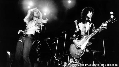 Robert Plant and Jimmy Page of Led Zeppelin (Imago Images/Everett Collection)