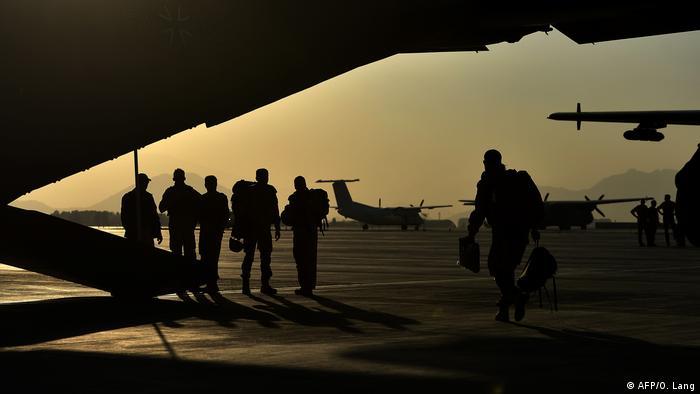 Pripadnici Bundeswehra na aerodromu u Kabulu