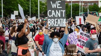 USA Boston Proteste nach dem Tod von George Floyd | Plakate I Can't Breathe (Imago Images/AFLO/K. Hiromi)