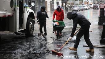 Καθαριότητα μετά τις διαδηλώσεις στο Σιάτλ