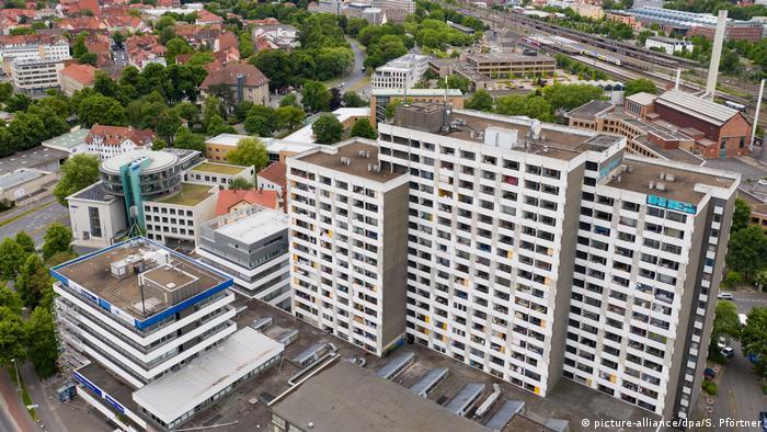 Göttingen'de yeni koronavirüs vakalarının çoğu bu apartmanda yaşayan kişilerde görüldü.
