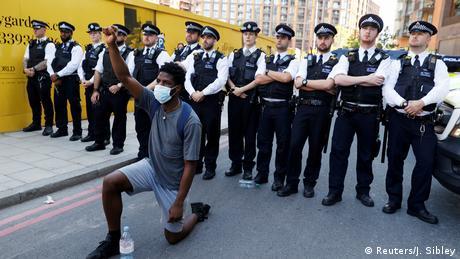 Großbritannien London| Polizeigewalt | Proteste gegen Rassismus (Reuters/J. Sibley)