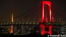 Japan Tokio | Coronavirus | Rainbow Bridge in Rot