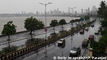 Indien Zyklon Nisarga (Getty Images/AFP/P. Paranjpe)