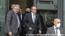 Kosovo Avdullah Hoti zum Ministerpräsidenten gewählt