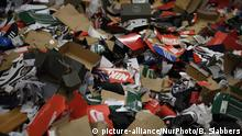 Empty shoe boxes are left on the ground in the storage room of a sneaker store after looters vandalized several business overnight, in the Mt Airy/Wadsworth sections of Northwest Philadelphia, PA on June 1, 2020. On Monday morning National Guard troops arrived to assist policing the city after two days of unrest and protests over the death of George Floyd. (Photo by Bastiaan Slabbers/NurPhoto)   Keine Weitergabe an Wiederverkäufer.