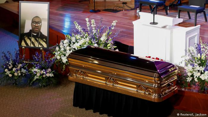 Церемония прощания с Джорджем Флойдом в Миннеаполисе