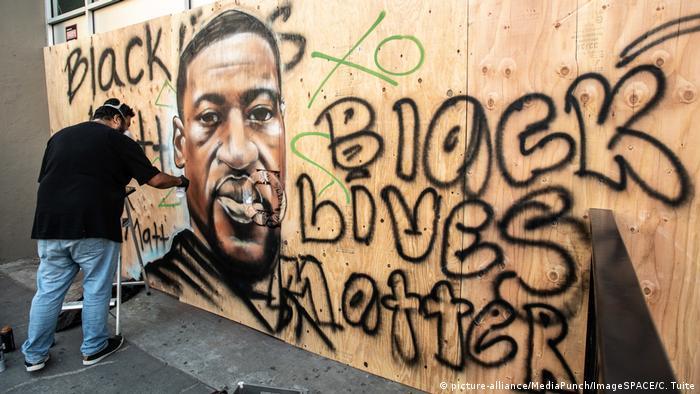 USA Oakland George Floyd Graffiti