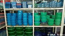 Afrika Mosambik Maputo Vom Müll bis zu Haushaltsutensilien Recycling