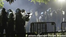 USA Protest nach dem Tod von George Floyd | Polizei räumt den Lafayette Park