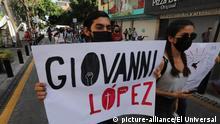 June 4, 2020: EUM20200604NAC20.JPG .GUADALAJARA, Jal. ProtestProtesta-Jalisco.- 4 de junio de 2020. Un grupo de personas protesta en calles de Jalisco para exigir justicia por la muerte de Giovanni López, arrestado por policías municipales y quien falleció al día siguiente; una patrulla fue quemada durante la manifestación. Foto: Agencia EL UNIVERSALEELG (Credit Image: © El Universal via ZUMA Wire |