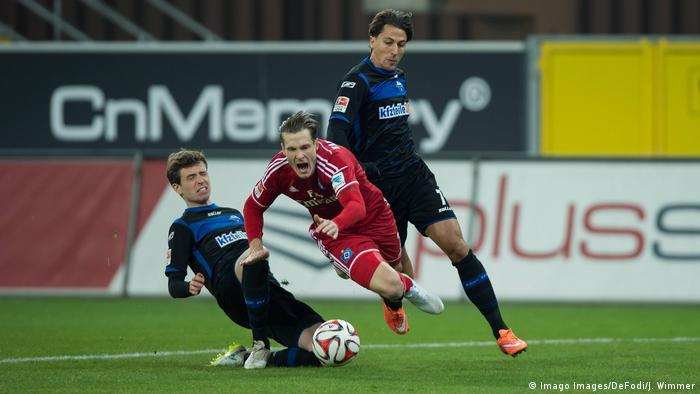 Fußball Bundesliga Hamburger SV - SC Paderborn 07 (Imago Images/DeFodi/J. Wimmer)