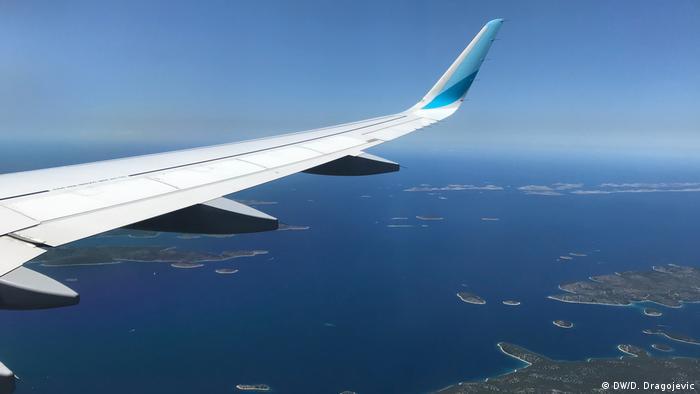 Kroatien | Flugzeug über der kroatischen Adria