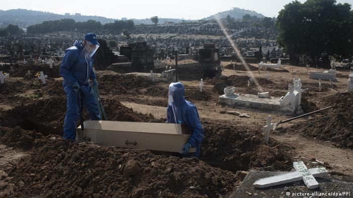 Brasilien Inhauma Friedhof in Rio de Janeiro (picture-alliance/dpa/PPI)