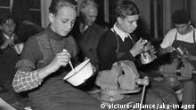 Leichte Küche der Nachkriegszeit I Schulspeisung I Berlin I 1950