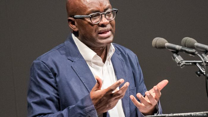 Achille Mbembe (picture-alliance/dpa/M. Bockwoldt)