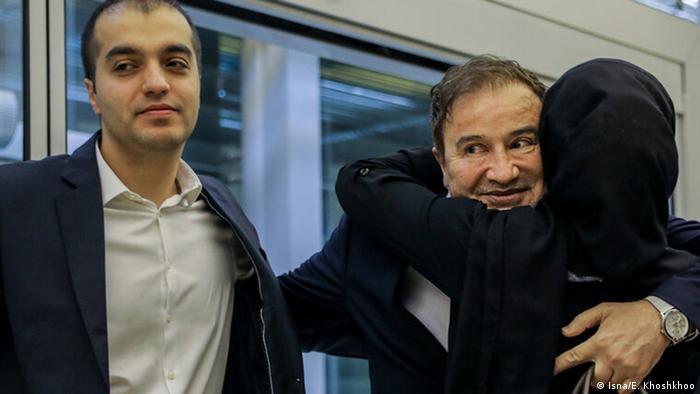 مجید طاهری زندانی مبادله شده ایرانی وارد تهران شد