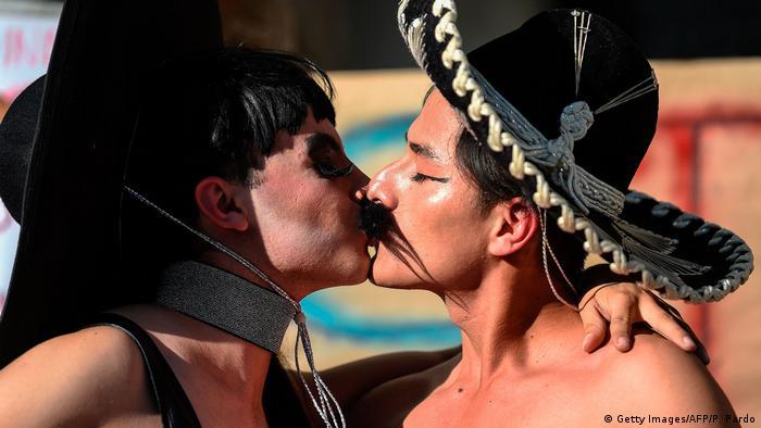 Mexiko LGBT-Protest, Solidarität mit Fabian Chairez, Künstler