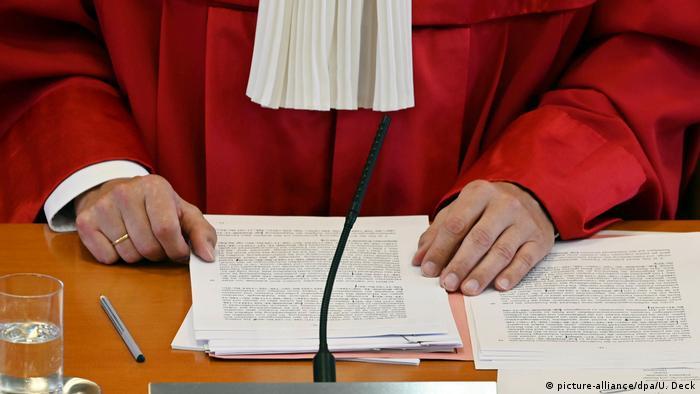 Deutschland AfD-Klage gegen Seehofer stattgegeben | Andreas Voßkuhle