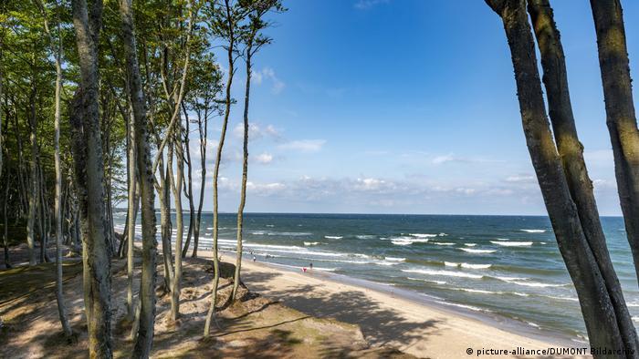 Orzechowo beach, Poland (picture-alliance/DUMONT Bildarchiv)