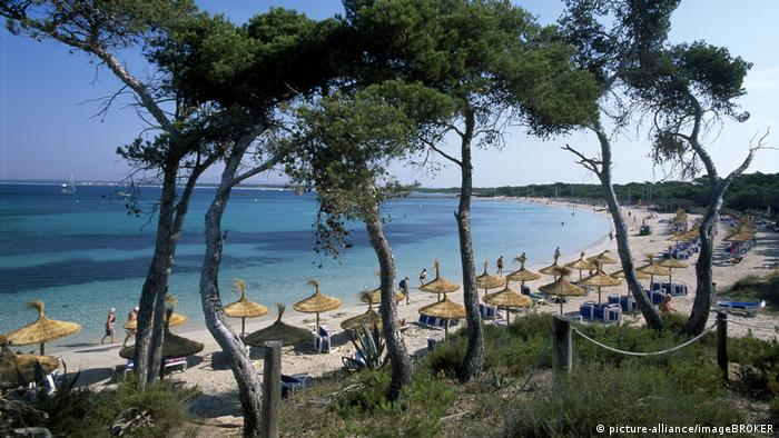 Playa Es Trenc, Mallorca, Spain (picture-alliance/imageBROKER)