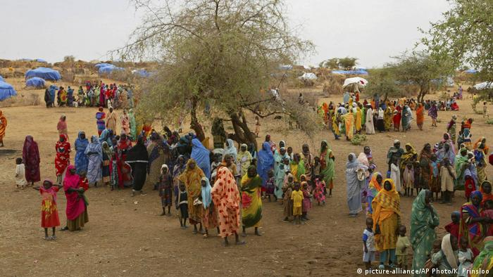 Wakimbizi wanawake katika kambi ya Zam Zam kwenye jimbo la Darfur