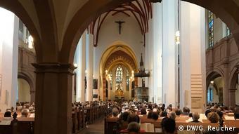 Innenansicht der Thomaskirche mit Publikum Bachfest 2019 | Eröffnungskonzert in der Thomaskirche Leipzig