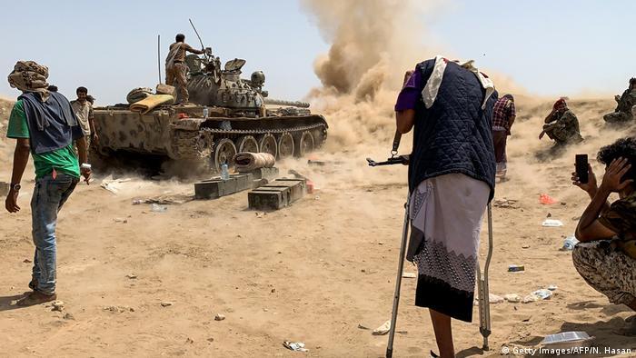 Jemen Kämpfe gegen Regierungstruppen (Getty Images/AFP/N. Hasan)