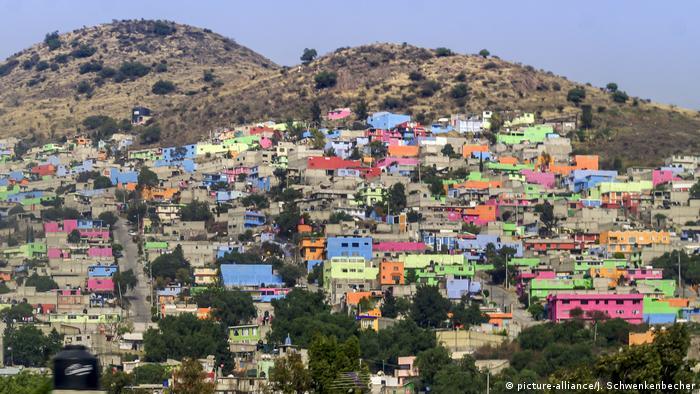 Más de ochocientos asentamientos como el de la imagen crecen en torno a Ciudad de México