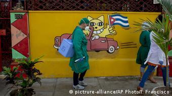 Kuba | Coronavirus | Menschen mit Gesichtsmaske in Havanna