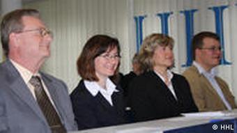Ректор HHL Ханс Висмет - слева