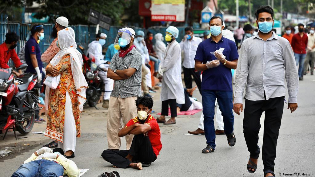 Man Arrested In Bangladesh Over Fake Coronavirus Test Certificates News Dw 17 07 2020