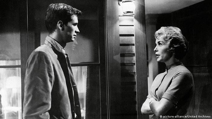 Anthony Perkins and Janet Leigh in 'Psycho' (picture-alliance/United Archives)