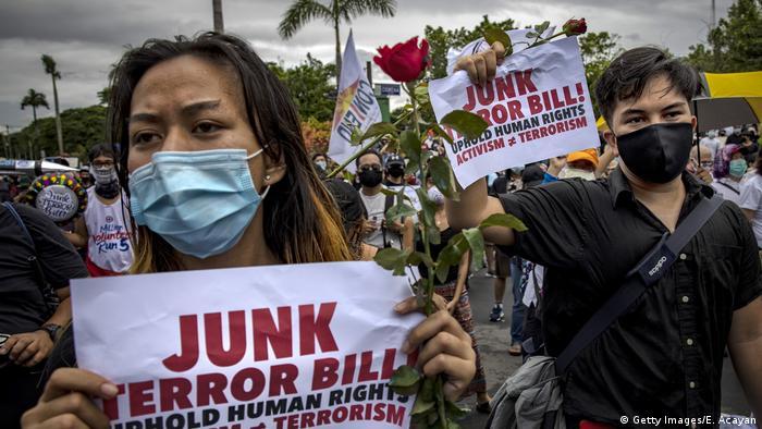 Protest against anti-terror legislation in Manilla