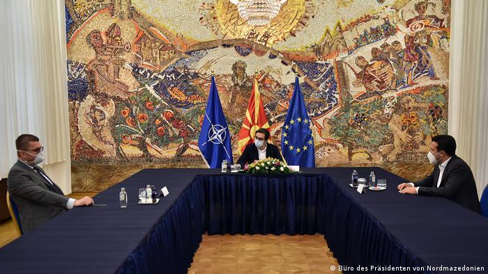 Nord-Mazedonien Präsident Stevo Pendarovski Zoran Zaev und Hristijan Mickoski