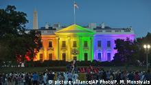 USA Washington Weißes Haus in Regenbogenfarben