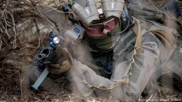 Operator KSK podczas treningu