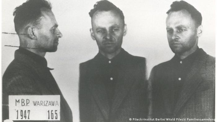 Vitold Pilecki (1901-1948) na suđenju 1947. Staljinitičke vlasti u posleratnoj Poljskoj su ga osudile na smrt zbog kolaboracije sa imperijalistima. Rehabilitovan je tek posle pada Gvozdene zavese.