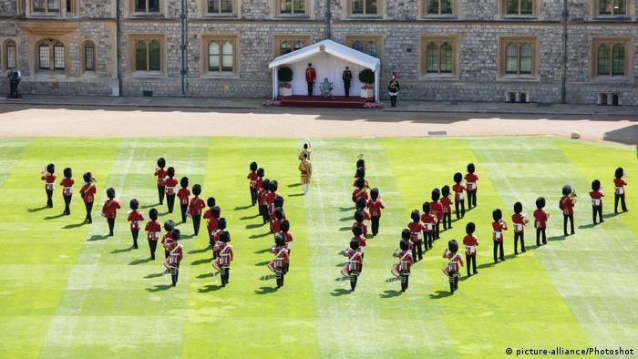 England Windsor Castle Parade Geburtstag Queen Elizabeth (picture-alliance/Photoshot)
