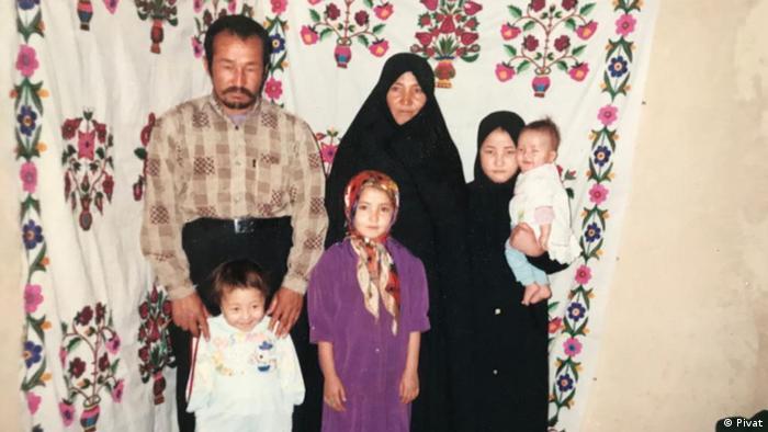 Familienbilder der afghanischen Journalistin Zahra Nader (Pivat)